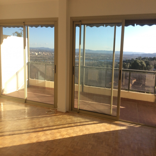 Offres de vente Appartement Les Angles 30133