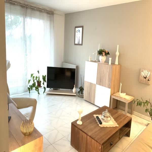 Offres de location Appartement Les Angles 30133